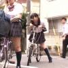 【無料媚薬動画】自転車のサドル(椅子)に媚薬を塗られ感じまくるJK