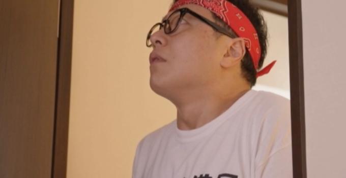 メガネをかけている男性